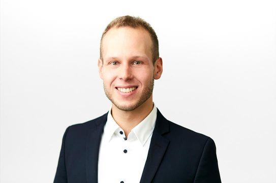 Schuster Erik